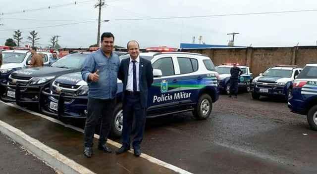Madson com secretário de Justiça e Segurança Pública, José Carlos Barbosa, o Barbosinha - Divulgação