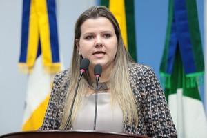 'A população precisa ter acesso as informações de onde e como estão sendo gastos recursos tão importantes como os da Saúde', afirma Daniela Hall (PSD) – Assessoria