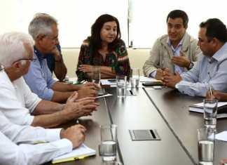Prefeita Délia e secretários receberam os superintendentes da Pesca e da Sudeco e encaminharam reivindicações – Foto: A. Frota