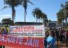 A manifestação teve início no CAM e passou pelas secretarias municipais de Educação e Saúde - Foto: SIMTED