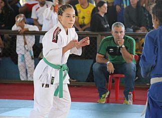 Ana Beatriz (branco) venceu mais uma etapa em Maracaju - Foto: Evandro José/ACJ