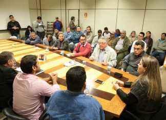 Reunião dos componentes da Comissão criada para acompanhar o processo de falência da Usina São Fernando – Foto: Assessoria