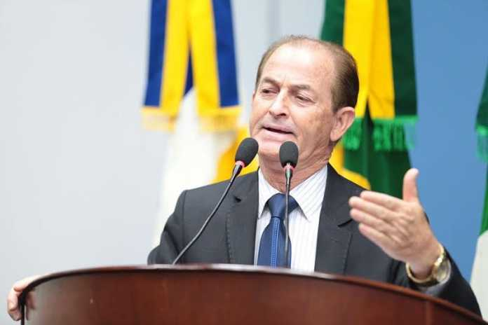 Bebeto sugere campanha publicitária para incentivar vinda de novas empresas - Foto: Thiago Morais