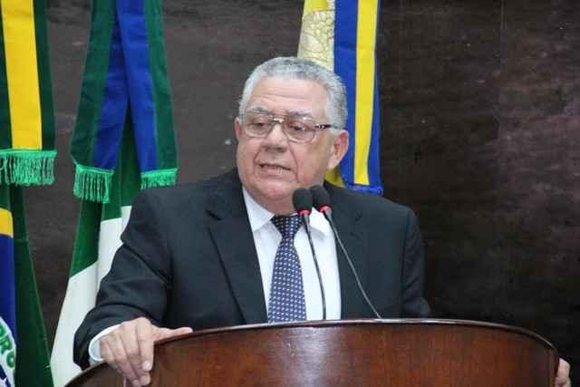 Braz comentando sobre a situação da usina São Fernando durante sessão - Divulgação