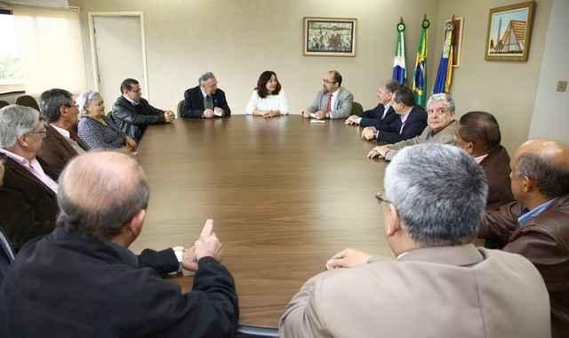 Prefeita Délia recebeu representantes do Rotary Clube, na sala de reuniões da Prefeitura – Foto: A. Frota
