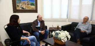 Prefeita Délia Razuk e o ex-prefeito Laerte Tetila trataram sobre projeto do centro de comercialização na área da reserva indígena – Foto: A. Frota