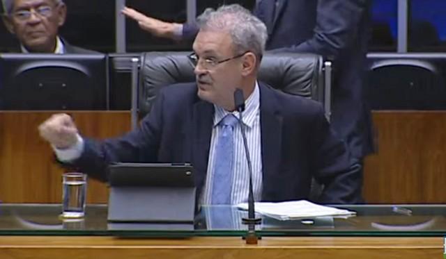 Da presidência da Câmara, Geraldo entra em contato com autoridades para solicitar regularização de repasses ao HU/Dourados - Assessoria
