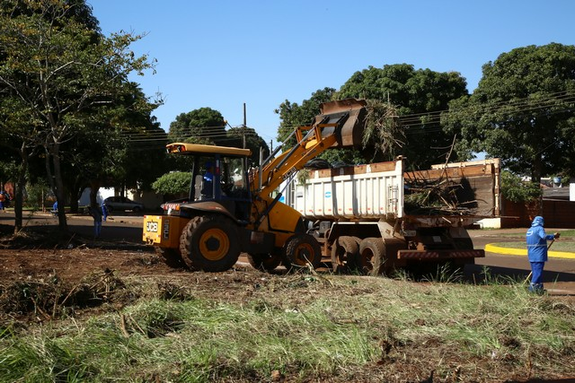 Foram retirados pelo menos 15 toneladas de lixo entre os serviços executados – Foto: A. Frota