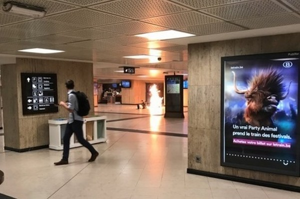 Estação foi evacuada; segundo a polícia, situação está sob controle – Foto: Twitter