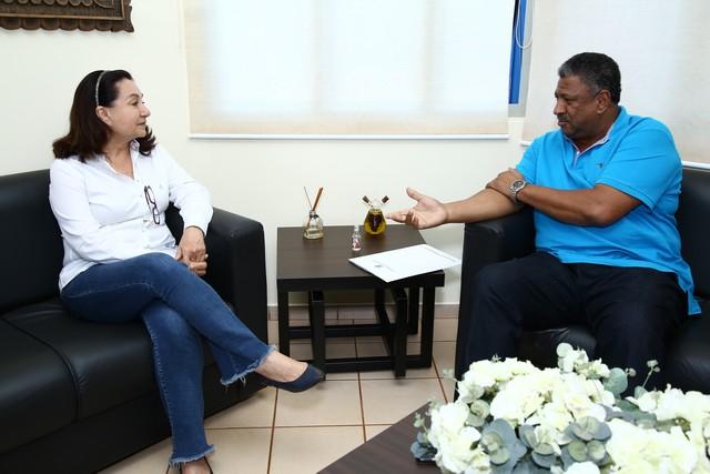 Prefeita Délia recebeu o deputado João Grandão no gabinete na manhã desta sexta-feira – Foto: A. Frota