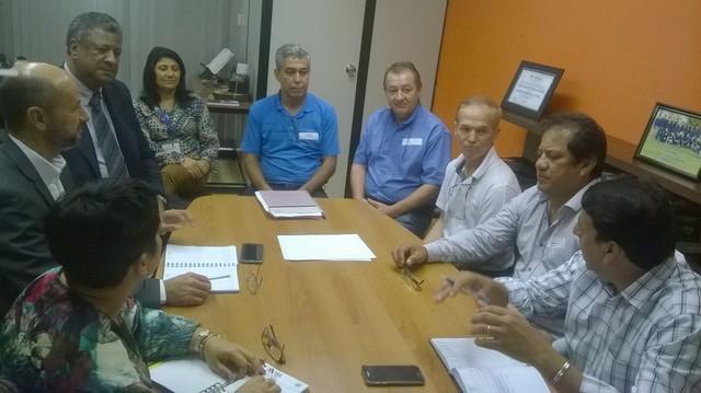 Em reunião no gabinete do deputado João Grandão foram discutidos os primeiros preparativos para o evento - Assessoria