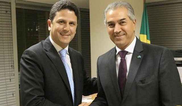 Governador Reinaldo Azambuja com o ministro das Cidades, Bruno Araújo, nesta terça-feira – Foto: Assessoria Ministério das Cidades