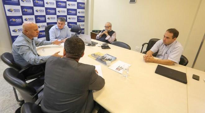Secretário Carlos Alberto de Assis reunido com a diretoria da Associação Comercial e Industrial de Campo Grande – Foto: David Majella