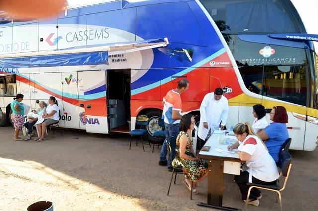'Ônibus da Saúde' estará estacionado neste sábado a partir das 7h30, no Ginásio Poliesportivo do município – Foto: Ernesto Franco