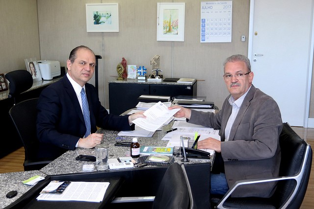 Geraldo Resende em audiência com Ministro da Saúde para pedir apoio na solução de problemas da alta complexidade em Dourados - Divulgação