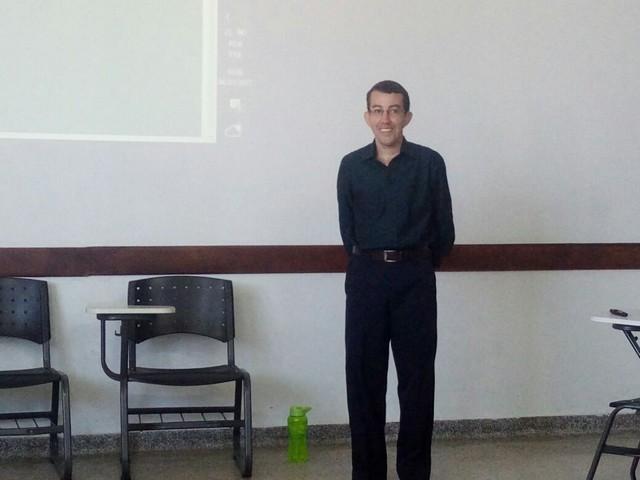 João Paulo é o primeiro estudante a apresentar o TCC em Libras – Foto: Campus Coxim