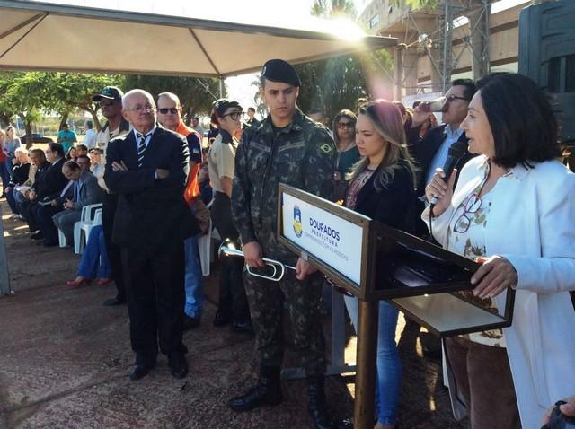 Prefeita Délia destacou importância da Guarda Mirim na formação dos jovens – Foto: Clóvis de Oliveira