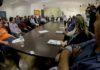 Anuncio foi feito durante reunião na tarde desta segunda, com o governador Reinaldo Azambuja e representantes de 39 sindicatos que representam as diferentes categorias de servidores – Foto: Chico Ribeiro