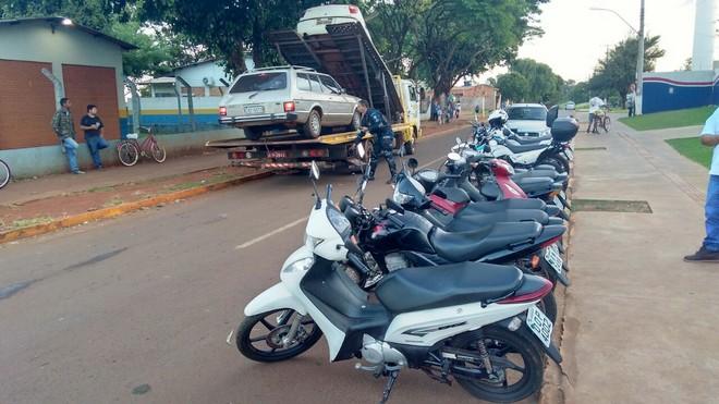 Ação tirou de circulação doze veículos, sendo nove motocicletas e três carros - Assessoria