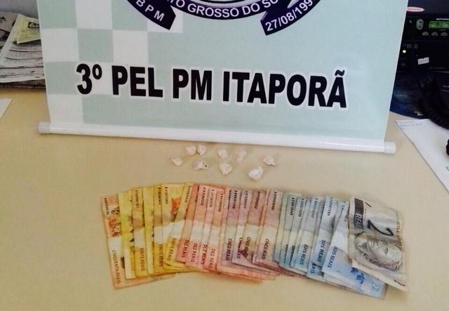 Além da droga, foram apreendidos ainda R$ 265,00 - Assessoria