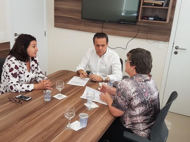 Prefeita Delia e secretária Elaine foram recebidas por Ricardo Ayache nesta quarta-feira – Foto: Assessoria/Cassems