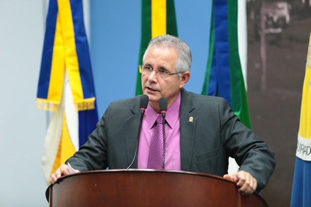 O vereador Sérgio Nogueira solicitou o redutor de velocidade durante sessão - Foto: Arquivo/Divulgação