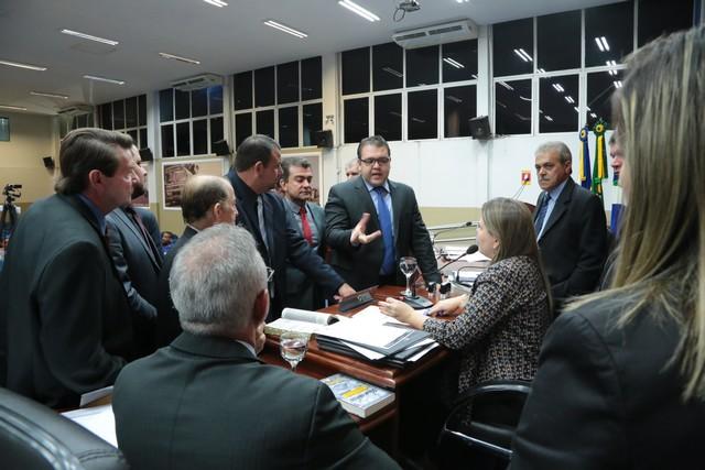Os projetos foram aprovados durante a sessão desta segunda-feira (24) na Casa de Leis - Foto: Eder Gonçalves