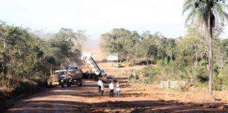 O recapeamento e alargamento da estrada de 28 km conta com o apoio dos donos dos empreendimentos situados no entorno da via - Foto: Silvio Andrade