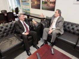 Recebido pelo senador Moka, secretário José Elias apresenta prioridades para Dourados - Foto: Luís Carlos Campos Sales / ACS Moka