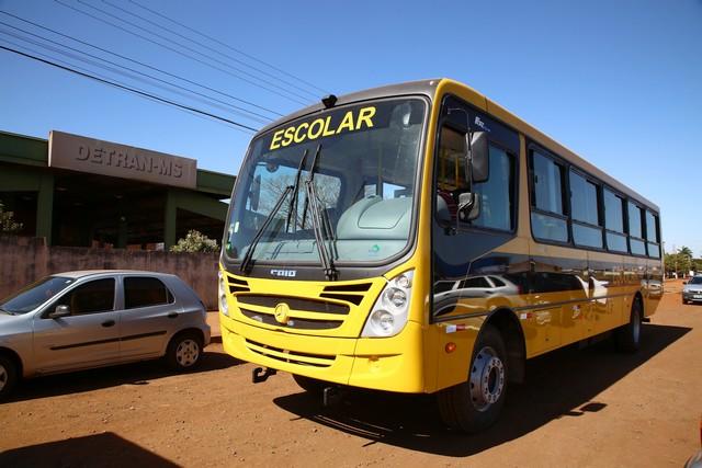 Ônibus escolares do município passam por vistoria - Foto: A. Frota