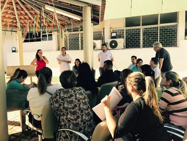 Estão sendo realizadas reuniões mensais com servidores da Rede Básica de Saúde de Ponta Porã - Assessoria