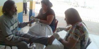Ação de voluntários atendeu pessoas em situação de rua, no domingo, Dia dos Pais - Divulgação