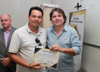 Caravina entrega certificado em Jardim - Foto: Vinicius Oliveira