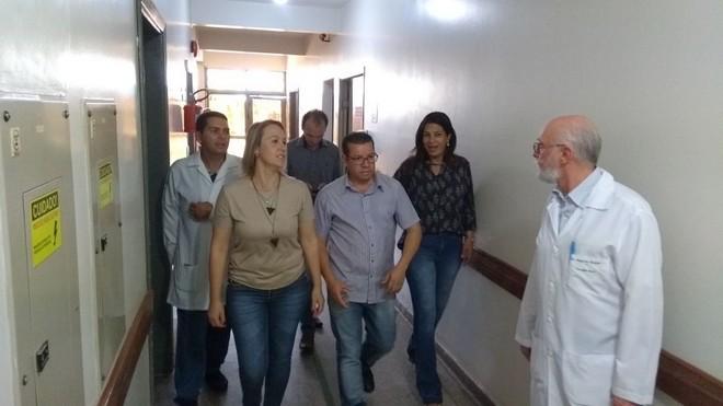Comissão de Saúde durante visita ao Hospital da Vida - Divulgação