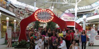 Crianças atendidas pela Associação dos Amigos das Crianças com Câncer estiveram nesta terça-feira em visita ao Parque Encantado - Divulgação