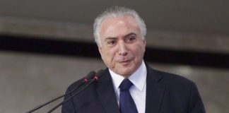Na entrevista, Temer ressaltou também os avanços de 14 meses de governo – Foto: Marcos Corrêa/PR