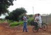 Vereador Romualdo Ramim durante visita pelos bairros de Dourados para levantar as demandas da população - Divulgação