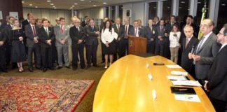 Solenidade de assinatura de acordo entre TSE e ATRICON - Assessoria