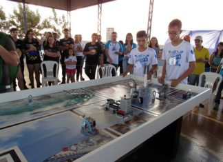 Torneio é um aquecimento para que os alunos possam se preparar para competições nacionais e internacionais de robótica - Divulgação