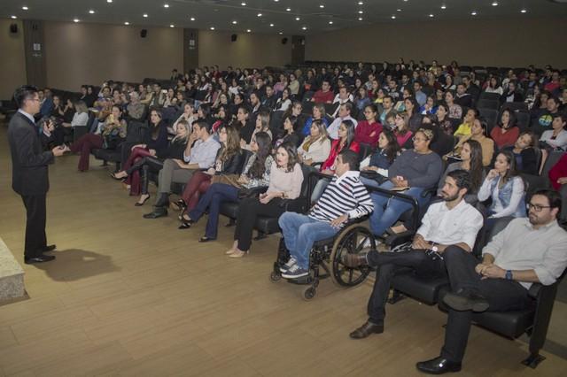 Médico fisiatra Ronaldo Furuta fala sobre Medicina Física e Reabilitação na UNIGRAN - Divulgação