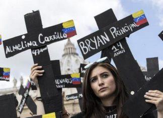 Venezuelanos protestam no Vaticano contra regime chavista - Foto: ANSA