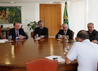Reunião entre Reinaldo Azambuja, Michel Temer e ministros foi nesta segunda-feira, 31, no Palácio do Planalto - Foto: Marcos Corrêa – Palácio do Planalto