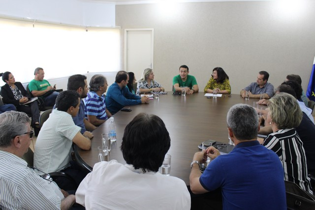 Prefeita reúne vereadores e secretários para receber deputado federal Elizeu Dionizio - Foto: Assecom