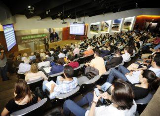 Palestra do relator da reforma tributária na Câmara dos Deputados, Luiz Carlos Hauly, foi nesta sexta-feira na Casa da Indústria - Assessoria