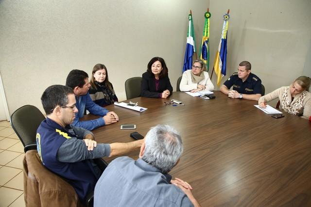 Reunião no gabinete tratou de pendencias em relação a progressão funcional dos agentes da Guarda Municipal - Foto: A. Frota