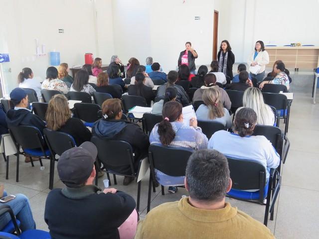 Grupo Administrativo recusou a proposta da prefeitura, durante assembleia nesta segunda-feira (14) - Foto: SIMTED