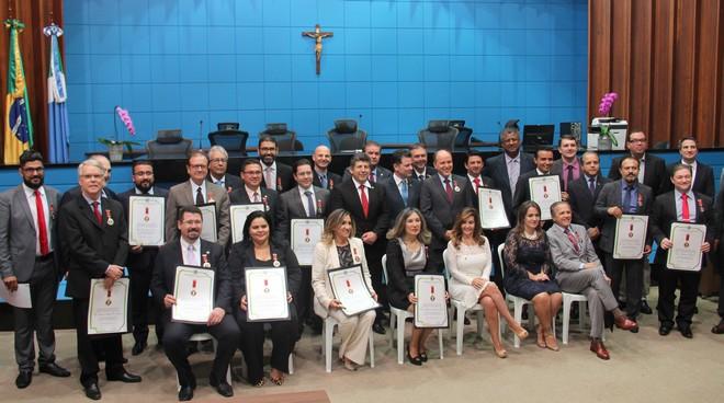 Cerimônia de entrega da Medalha do Mérito Advocatício Jorge Antonio Siufi foi na noite desta quinta-feira, 10 – Assessoria ALMS