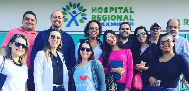 Estudantes foram conhecer o novo modelo de gestão hospitalar por organização social implantado no Hospital Regional - Divulgação