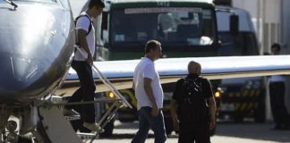 Joesley Batista desembarca no Hangar da Polícia Federal em Brasília – Foto: Valter Campanato/Agência Brasil