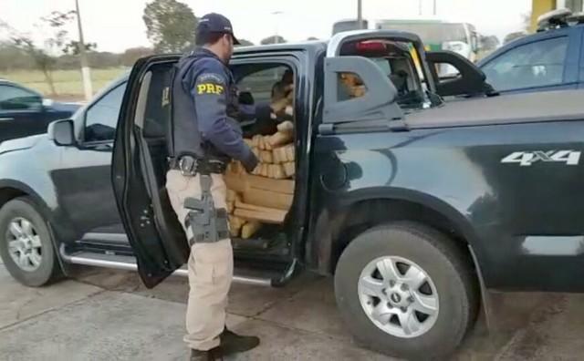Veículo transportava 1.402 quilos de maconha – Divulgação PRF